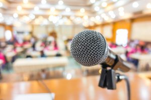 photo-microphone-in-conference-room